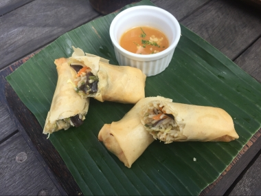 Indonesian spring rolls